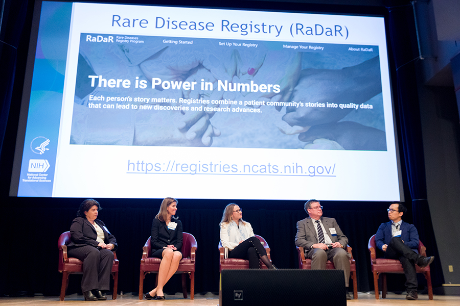 Panelists discuss the power of harnessing patient data through registries at Rare Disease Day at NIH.