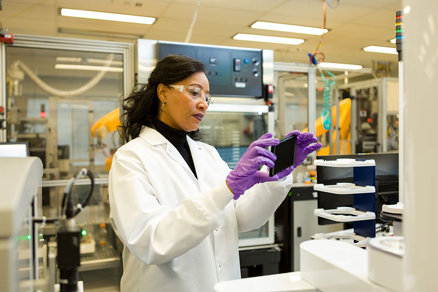 Woman scientist in the Division of Preclinical Innovation lab
