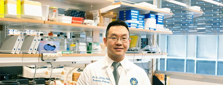 Bo Yu in a research laboratory.